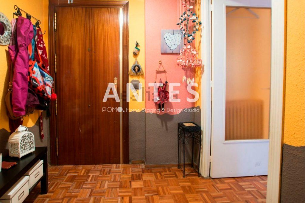 Home Staging en vivienda amueblada en Móstoles, Madrid. Entrada. ANTES